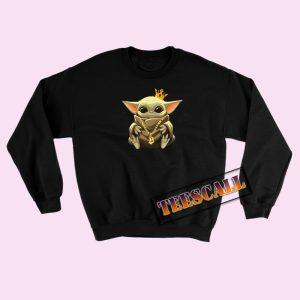 Baby Yoda The King of Bitcoin Sweatshirts